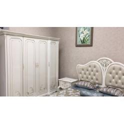 Белый большой классический шкаф на 4 двери в спальню Бланш