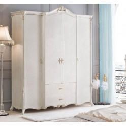 Вместительный классический шкаф на 4 двери в шикарную спальню Classic во французском стиле.