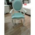 Красивые классические стулья с подлокотником в стиле рококо Classic