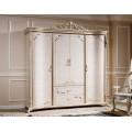 Старинный шкаф в спальный гарнитур Ренессанс в итальянском стиле