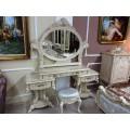 Королевский туалетный столик с зеркалом в спальню Ренессанс в итальянском стиле