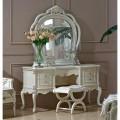 Изысканный классический туалетный столик с зеркалом в спальный гарнитур Макао 006 в царском стиле