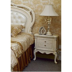 Белая классическая прикроватная тумба в спальный гарнитур Макао 006 в старинном стиле