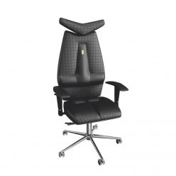 Офисное кресло Jet с перфорированной экокожей.
