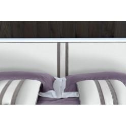 Кровать из натурального дерева в стиле модерн Дама Бьянко, Италия