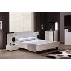 Белая кровать в спальню Гармония