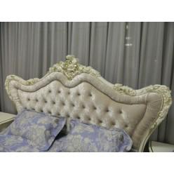 Большая кровать с позолотой в стиле барокко Шампань, Энигма