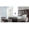 Кровать из массива сикаморе COLISEUM, Италия