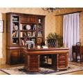 Классический стол письменный Маргарет