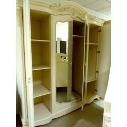 Белый четырехдверный шкаф в мебельный гарнитур Жозефина
