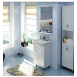 Белая классическая мебель в ванную Мобис с умывальником Руна