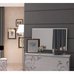 Зеркало в оправе в мебельный гарнитур Богема