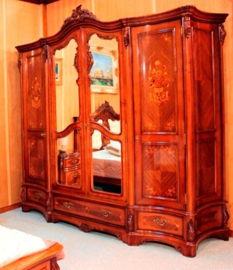 Шкаф на 4 двери с зеркалами в центральных фасадах - Спальня Мара Белла (Mara Bella)